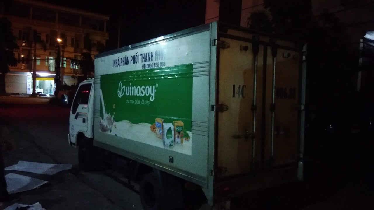 dán quảng cáo trên xe tải