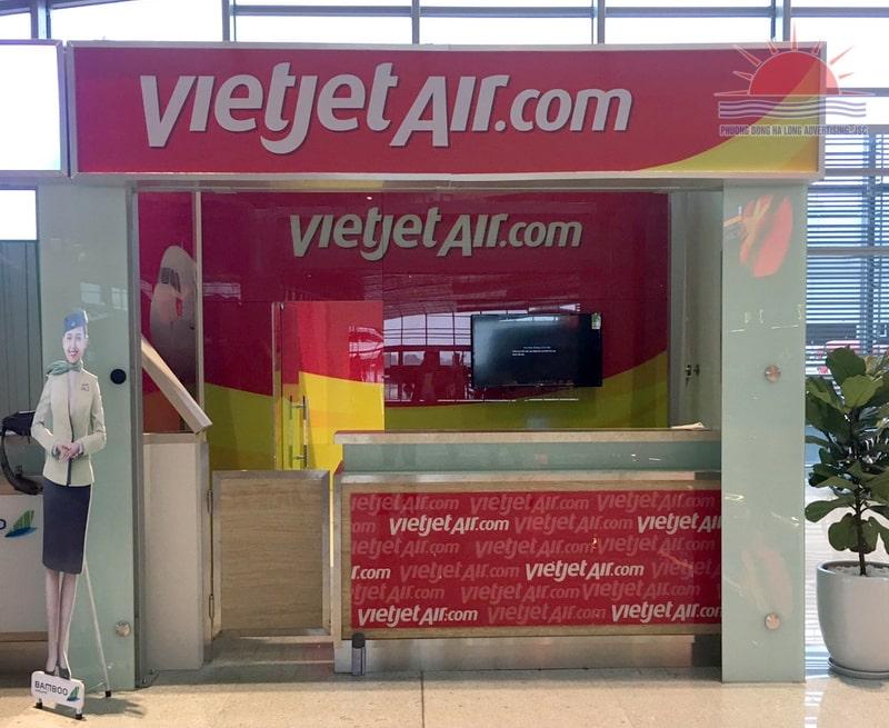 Thi công quầy vé Vietjet tại Sân Bay Vân Đồn