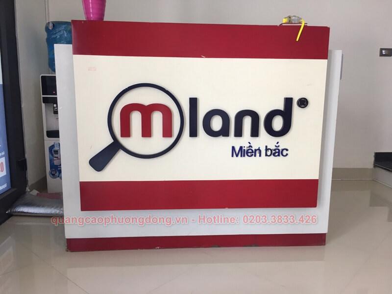 lắp đặt quầy lễ tân quảng cáo cho công ty  bất động sản Mland ở Hạ Long
