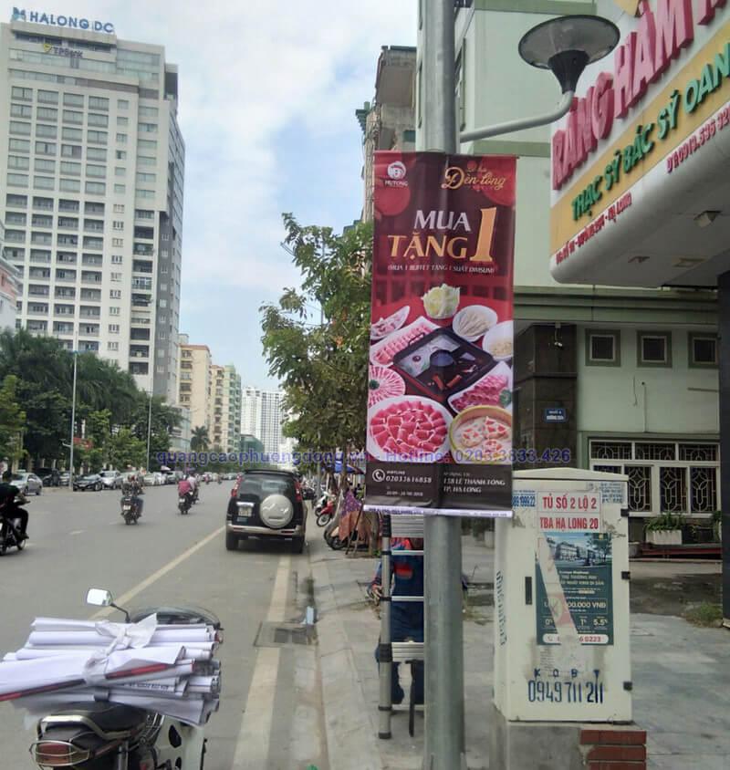 In treo banner nhà hàng Hutong tại Hạ Long