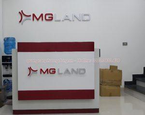 Thi công backdrop và quầy lễ tân MG Land