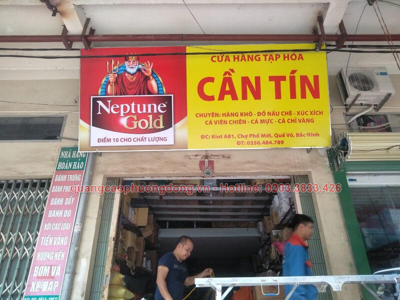 Thi công lắp đặt biển Neptune Gold tại cửa hàng Cần Tín