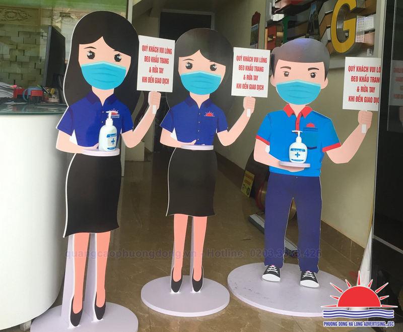 Sản xuất hình nộm tuyên truyền phòng chống dịch Covid-19 ở Quảng Ninh