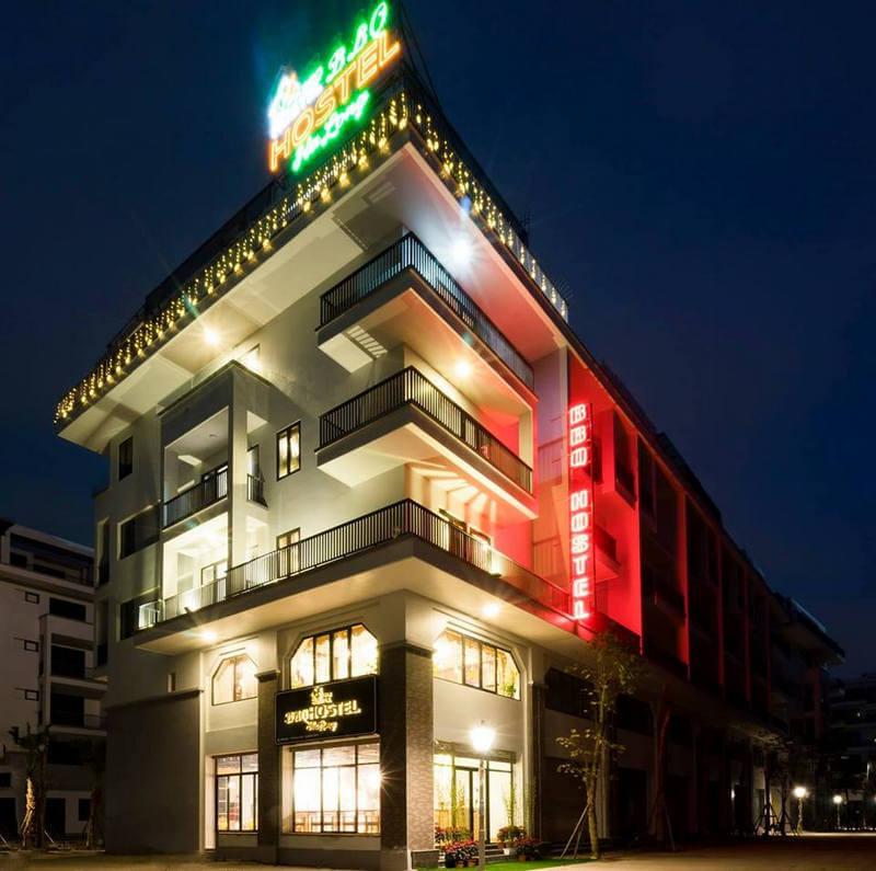 1000 mẫu biển quảng cáo khách sạn đẹp, sang trọng ở Hạ Long