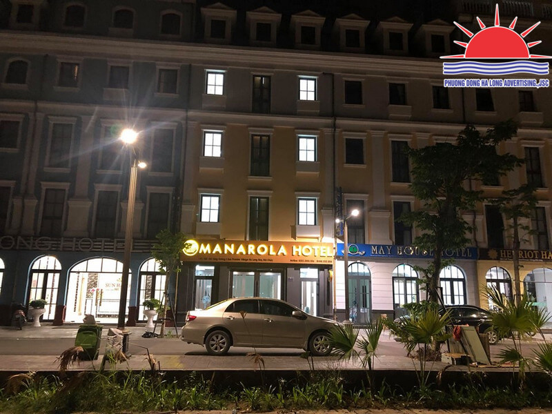 biển quảng cáo khách sạn đẹp ở Hạ Long