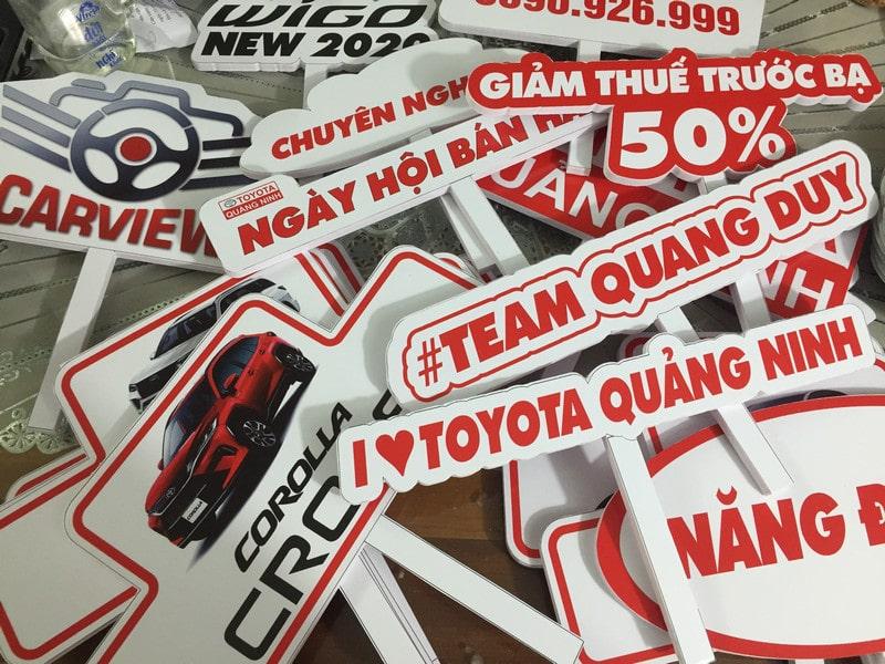 Bảng hashtag cầm tay sự kiện tại Hạ Long