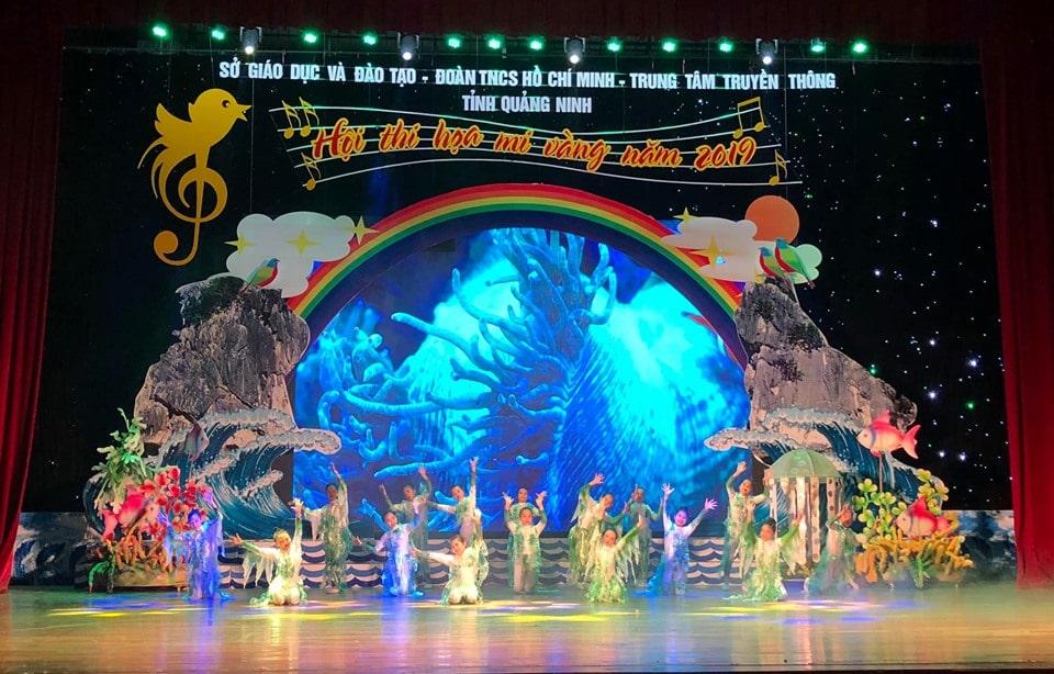 Thi công trang trí sân khấu sự kiện tại Hạ Long, Quảng Ninh