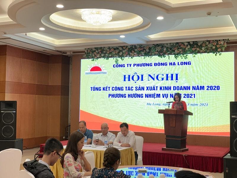 Chị Nguyễn Kiều Oanh - Nv Kinh doanh trình bày tham luận