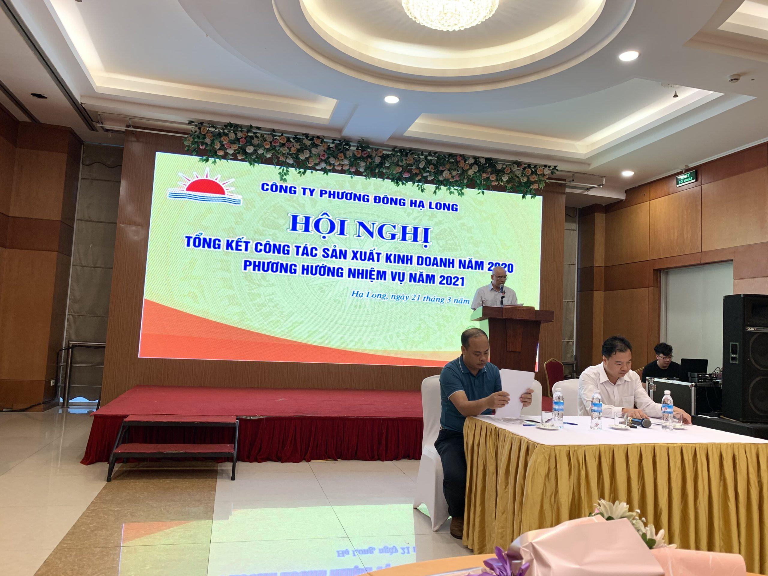 Ông Trịnh Văn Đông - Tổng Giám Đốc trình bày báo cáo kết quả SXKD năm 2020