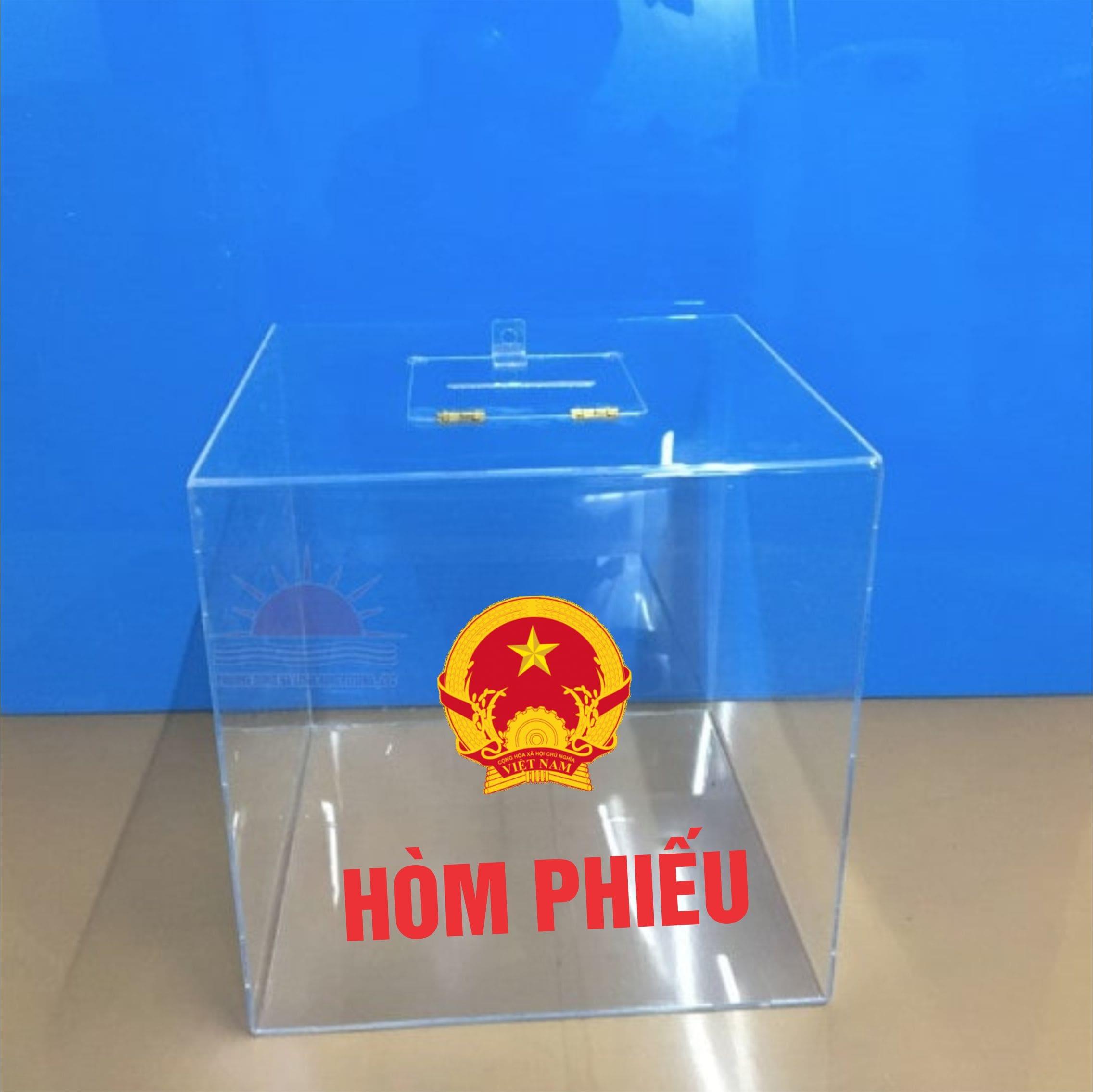 Làm hòm phiếu bầu cửa tại Hạ Long, Quảng Ninh