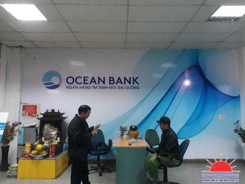 Dán decal trang trí phòng giao dịch ngân hàng tại Quảng Ninh