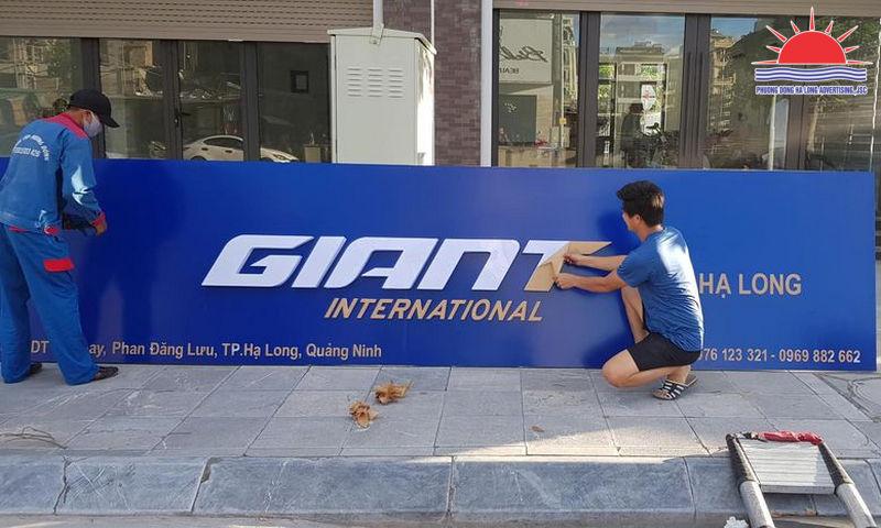 Thi công biển quảng cáo showroom xe đạp Giant