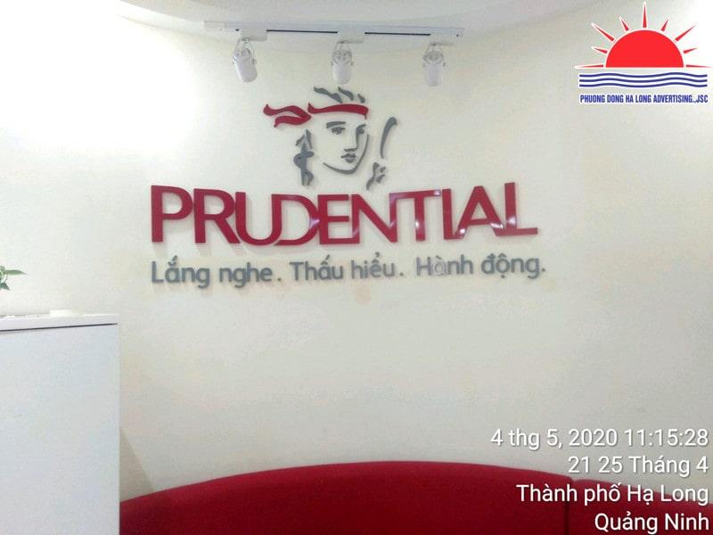 Mẫu backdrop công ty bảo hiểm prudential